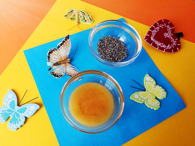 Zutaten für Lavendel-Butter mit Honig