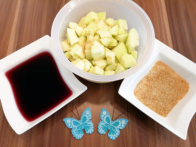 Apfel, Grenadine und Zucker