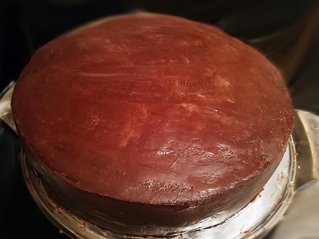 Torte mit Schokoladen-Ganache