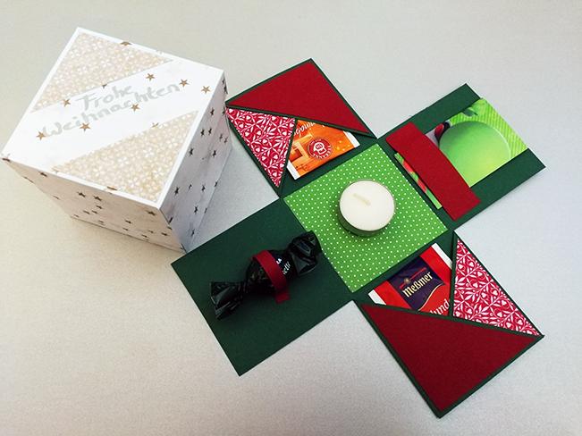 Zwei Weihnachtsboxen