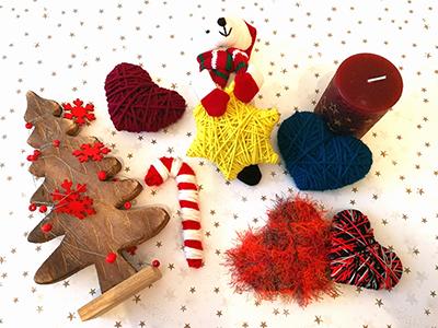 Weihnachtsdekoration aus Wolle