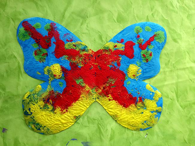 Kunterbunte Flügel des Schmetterlings